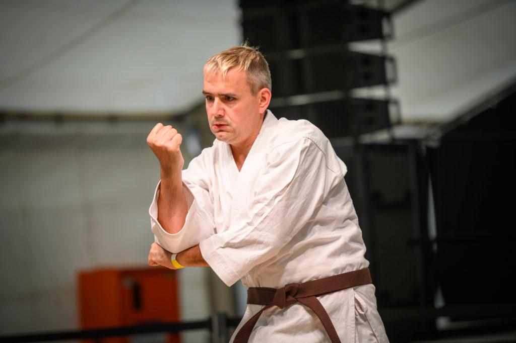 TDDK-Mitarbeiter und Deutscher Meister im Para-Karate Markus Schlenkrich zeigte sein Können...